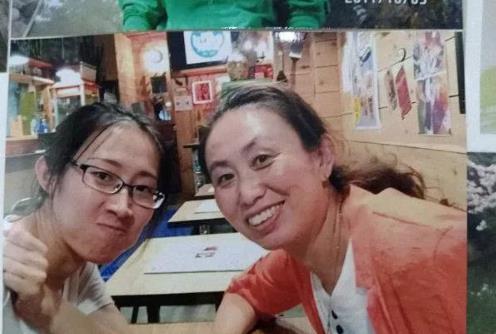"""江歌妈妈起诉刘鑫  江歌妈妈说:""""闺女,让你等待太久了,妈妈对不起你!"""