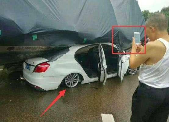 汽车 正文  如果说一场车祸具有偶然性,两场车祸总可以证明了吧.