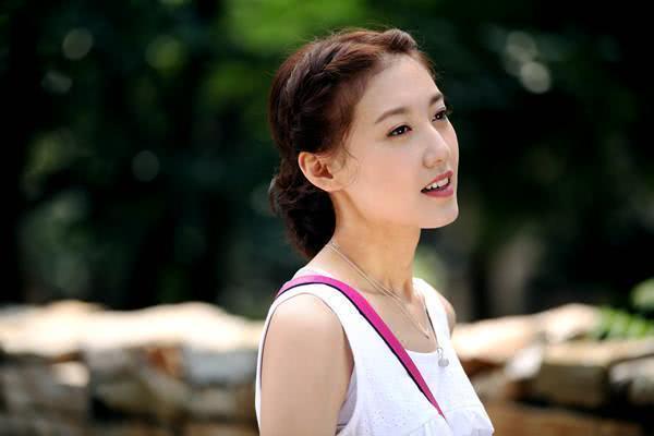 """圈内""""最干净""""的女星,苏有朋追求她三年被拒,出道20年零绯闻"""