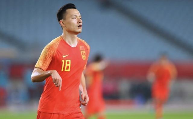 热身赛中国男足战胜叙利亚,谁功劳最大?网友热议一针