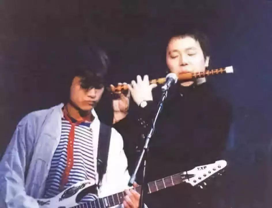 中国摇滚乐领军人物_他是王菲前夫,叫板张学友,中国摇滚领军人物,你知道他当年