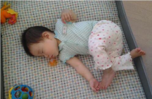 寶寶健康與否,看睡姿就知道!「睡姿風」來襲,看寶寶身體好不好