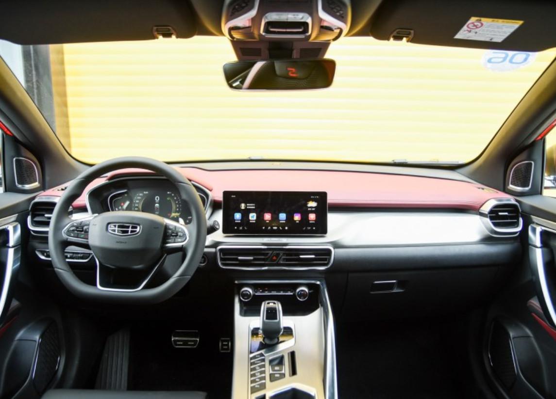 定位轿跑吉利全新紧凑型SUV亮相比X6漂亮用沃尔沃发动机