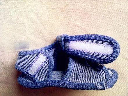 废旧牛仔裤手工制作棉拖鞋方法,旧衣物巧利用