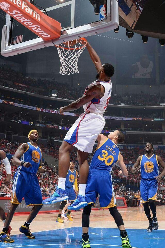 NBA现役最强身体素质球员,詹姆斯不是第一,一人曾是勇士奇兵