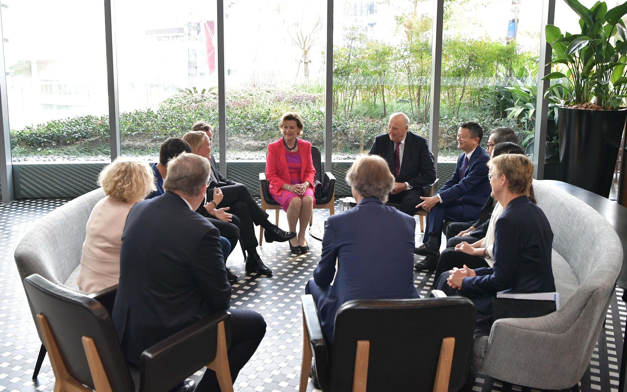 马云对话挪威国王王后:除了引进三文鱼,更要联手保护海洋