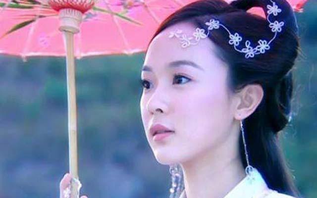 女明星演员们在剧中撑伞姿势谁最美? 时尚娱乐 图2