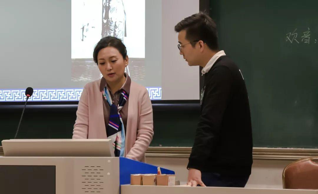 惠老师还介绍了秦腔的板式特点,向我们科普了 欢音,苦音的不同板式图片