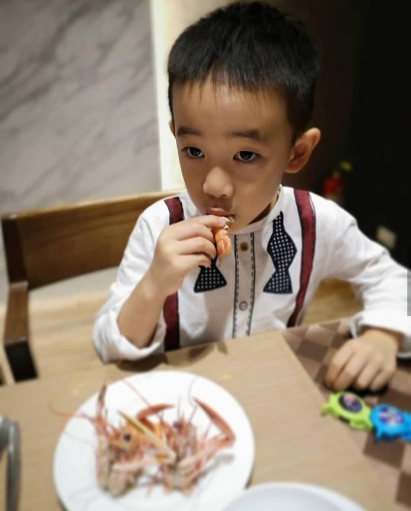 应采儿母子作客刘畊宏家,Jasper和小泡芙兄妹三人玩嗨了!