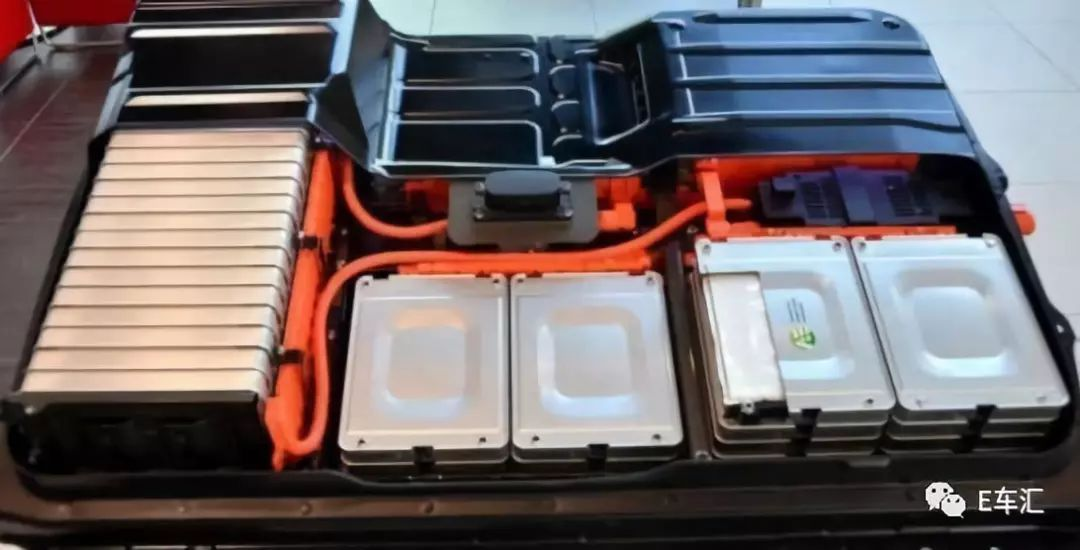 电池成本下降这么快电动汽车售价低于燃油车还会远吗?