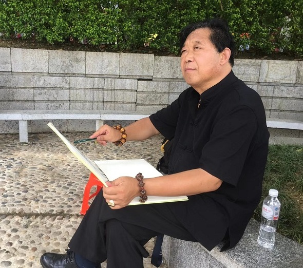 河南画牡丹的画家石荣禄,他才是真正画出了牡丹的精髓
