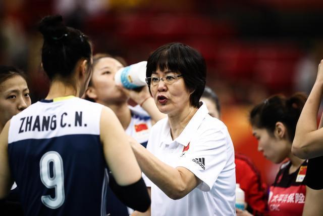 中国女排半决赛被抢走黄金档,日本队排位赛竟上位
