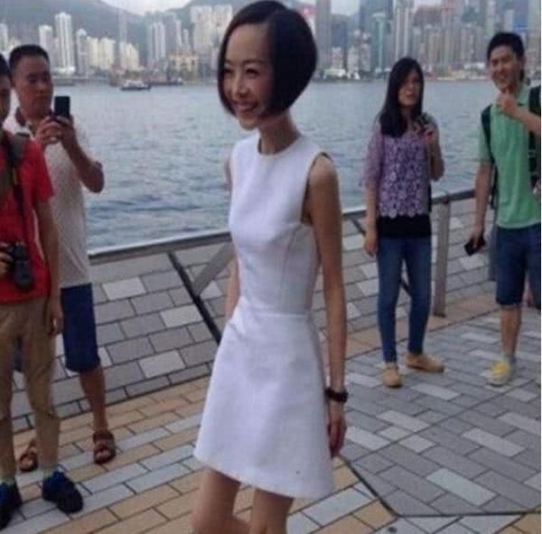 当140斤贾玲和70斤鲁豫同穿裙子,网友:我再也不想减肥了!