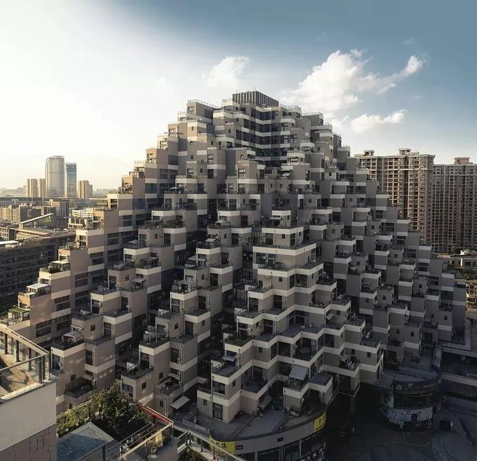 """苏州火出国门的""""金字塔""""大楼,ins爆火的""""跑酷""""建筑"""