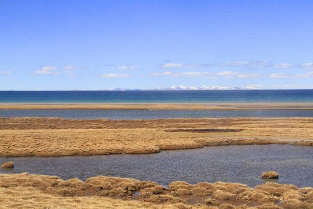 大雪袭击纳木错,这个时封闭时开放的湖泊究竟有多美?