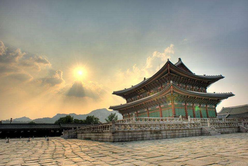 韩国人心中的紫禁城,自诩故宫都模仿它,网友:还不如中国一王府
