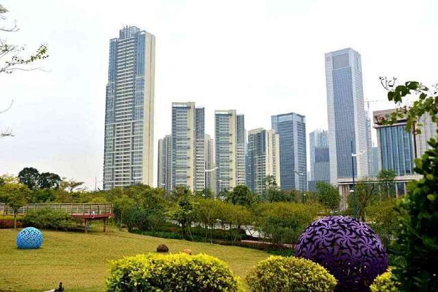 """中国最""""憋屈""""的城市,地铁不是自己的,GDP已达一线城市标准!"""