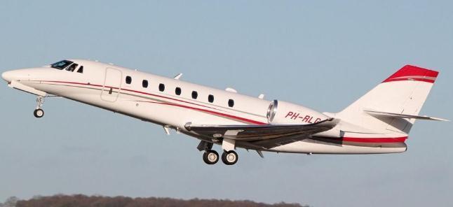 向共享家庭添加新成员!他创造了一架共享飞机,每年为36万人服务
