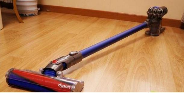 石头扫地机和戴森扫地机哪个好_戴森扫地机_戴森吸尘器和扫地机