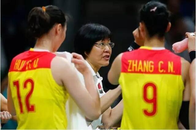中国女排再赢一场就能晋级6强了?郎平暗示对手或打默契球!
