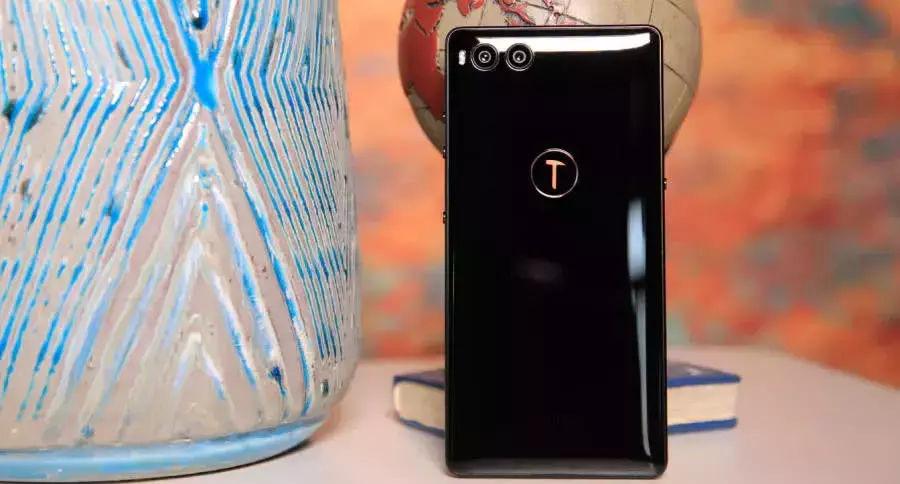 手游电竞主播界4部性能最强手机,ROG不敌小米黑鲨,苹果落榜