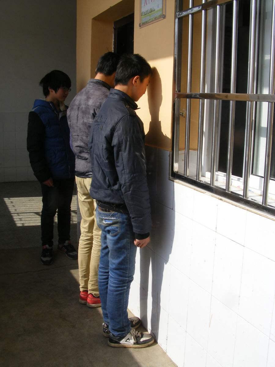 罰站幾分鐘,被拘七小時 教師以后如何教育學生