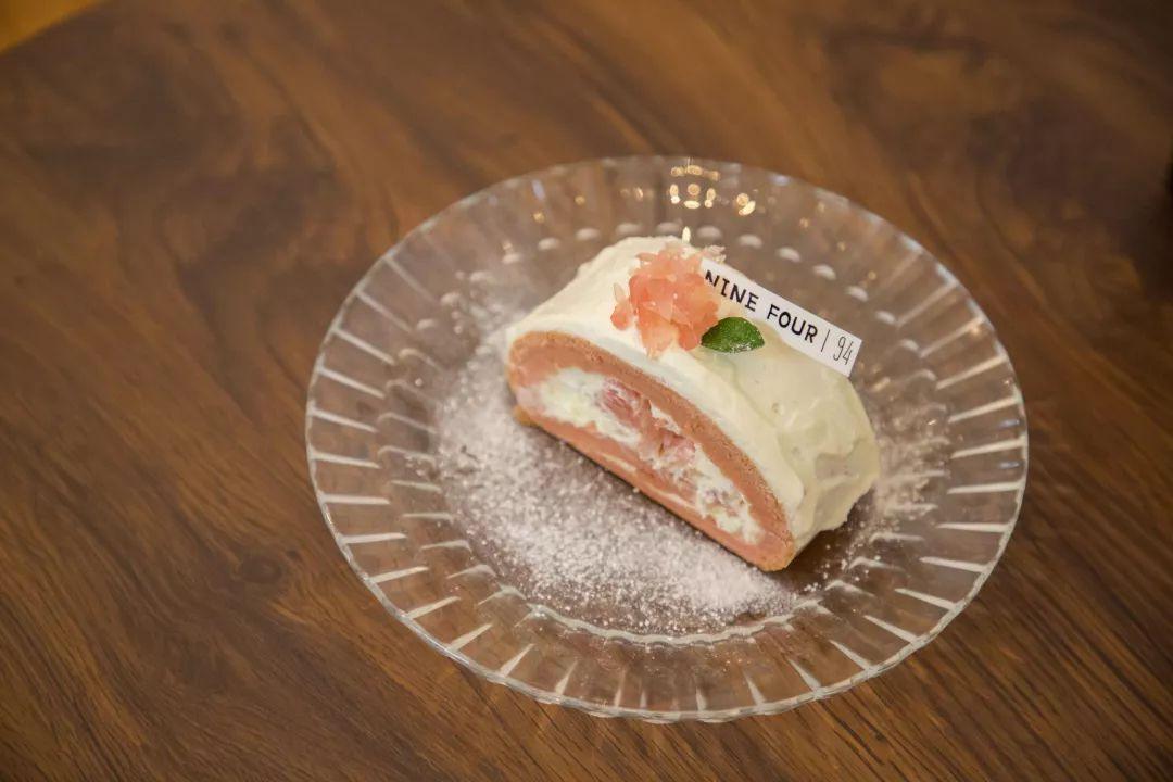 蛋糕装盘创意画