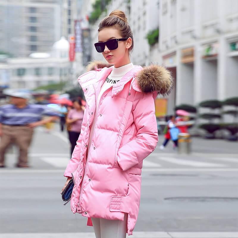 2018流行的羽绒服款式图片