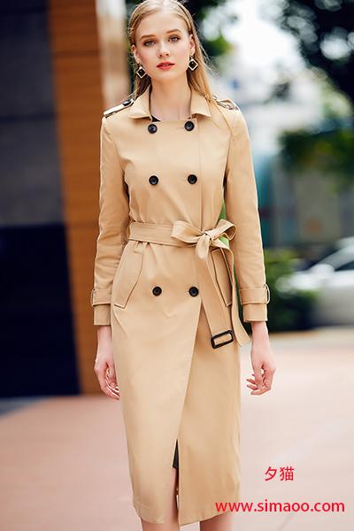 热文:夕猫:时尚风衣搭配,我爱上了那个穿风衣的女孩!