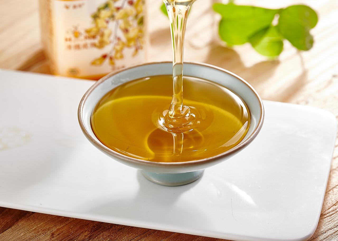 坚持喝蜂蜜水,身体会发生四种改变,想养生的人都应该了解!