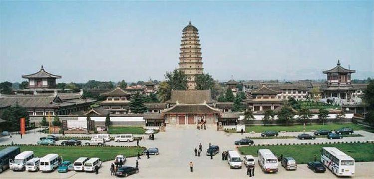 """中国最""""奢华""""寺庙,耗资50亿打造像星级酒店,如今是5A景区"""