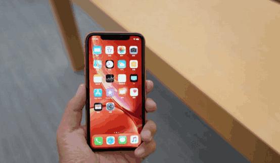 宁愿买6499的iPhone XR,也不买3388的华为P20?原因其实