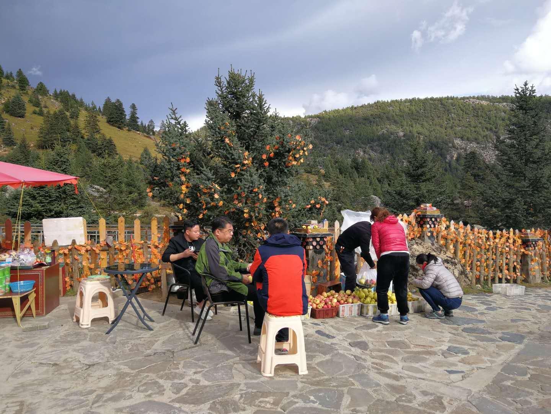 川藏线秋季错峰出行与美食美景有缘,包车拼车住宿也便宜!