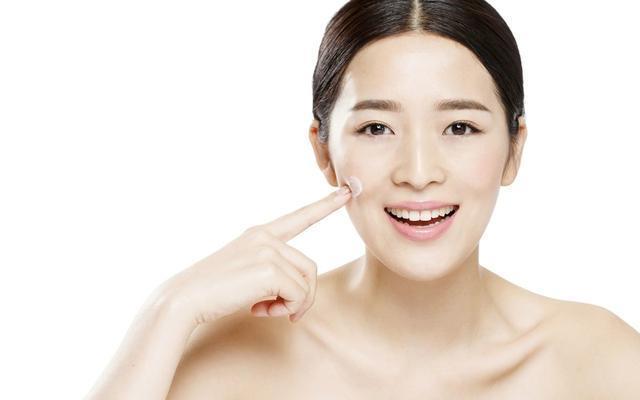 亚洲时髦排行榜前五大补水保湿美容护肤品本来