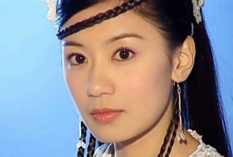 不正经科普丨贾静雯冻龄红到登上英媒,为啥中国女性看上去那么年轻?