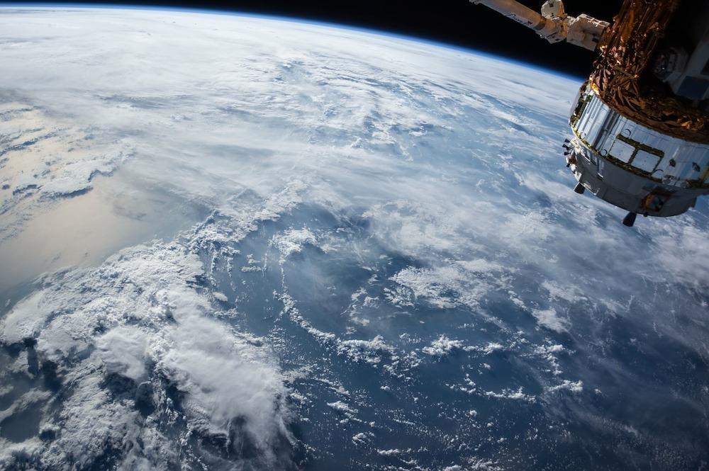 """阿里巴巴宣布启动""""一站一星""""计划,将发射两枚太空飞行器"""