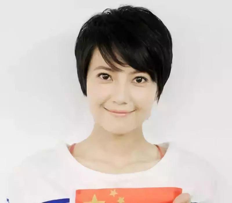 36岁宋慧乔婚后复出画风大变:成也发型,败也发型