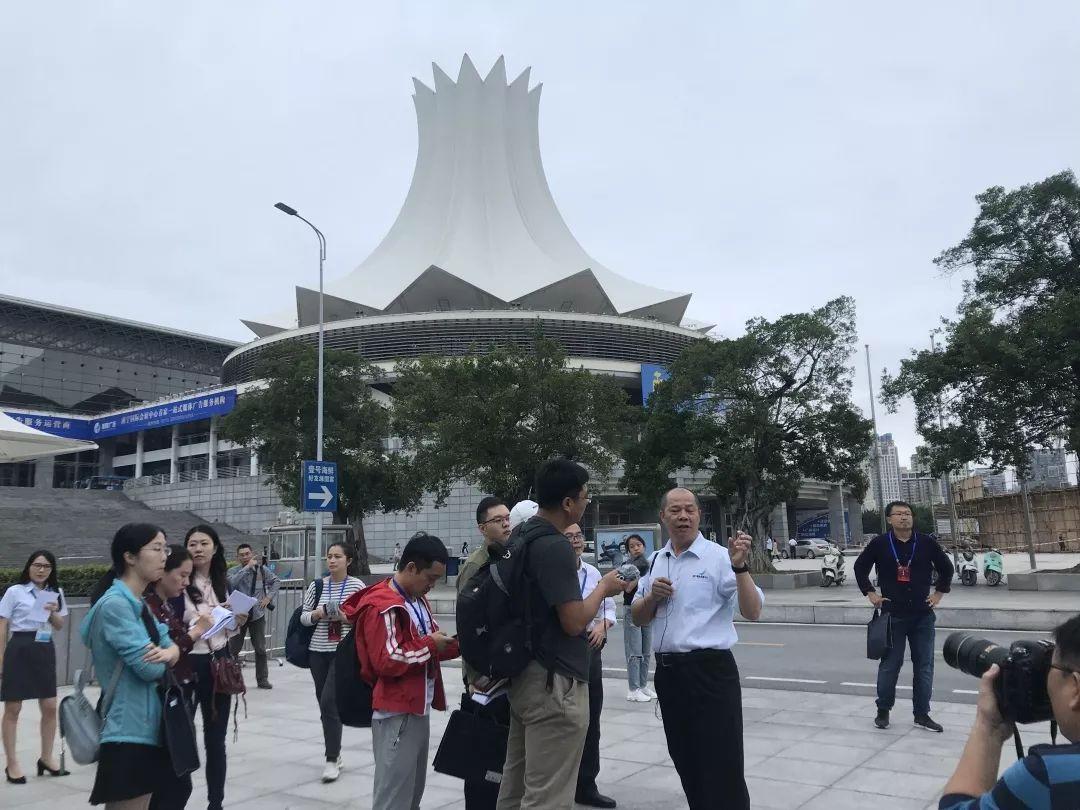 """在""""紫荆花""""下,回顾南宁国际会展中心的发展进程."""