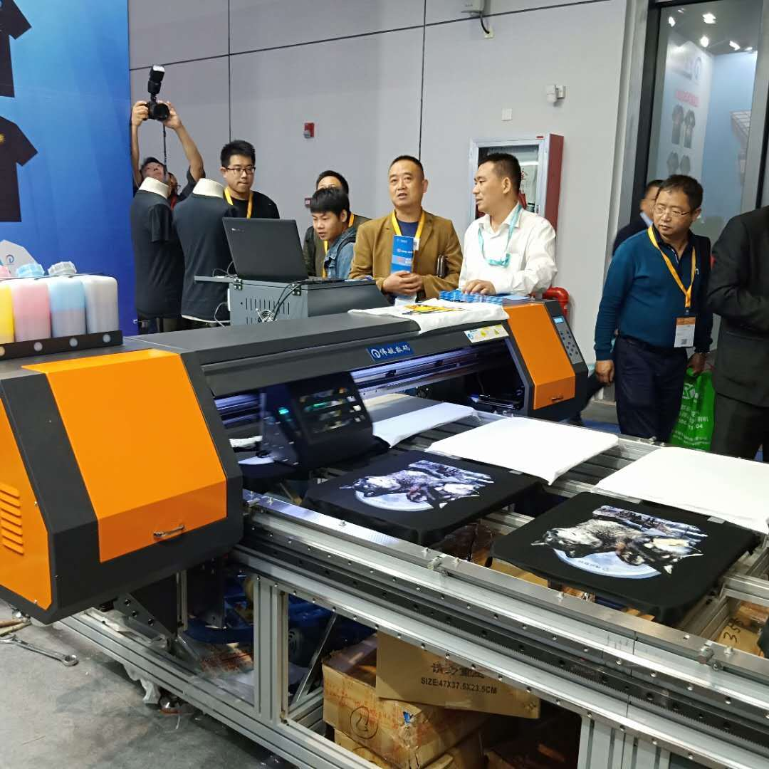如何选择适合企业的数码印花机?