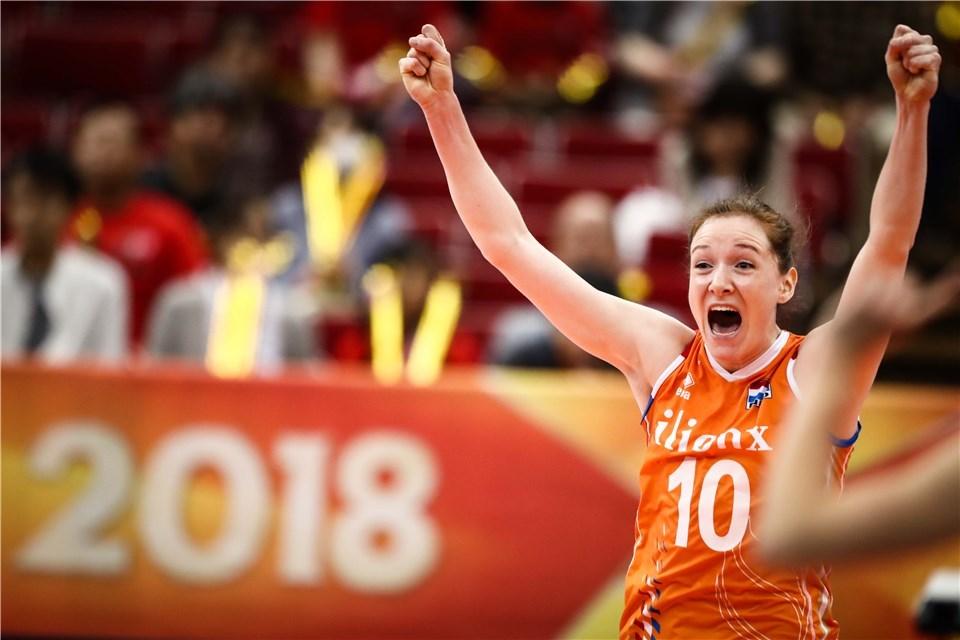 荷兰女排当家球星发文感慨世锦赛,网友:来中国分分钟冠军!