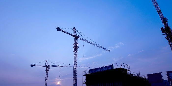 沥青砼路面机械摊铺施工方案