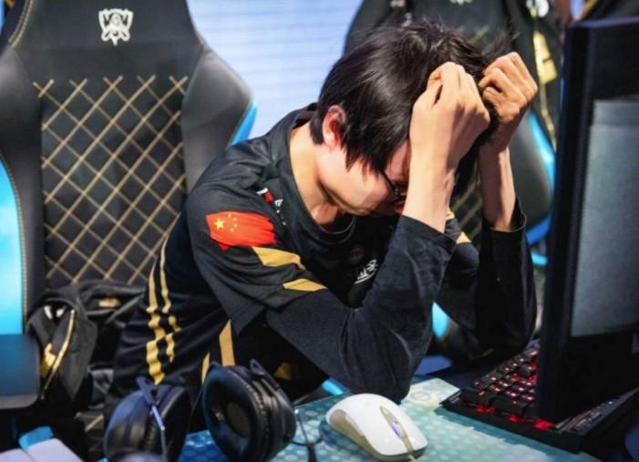 香锅转会EDG还是JDG?网友:在RNG哪里来的训练赛