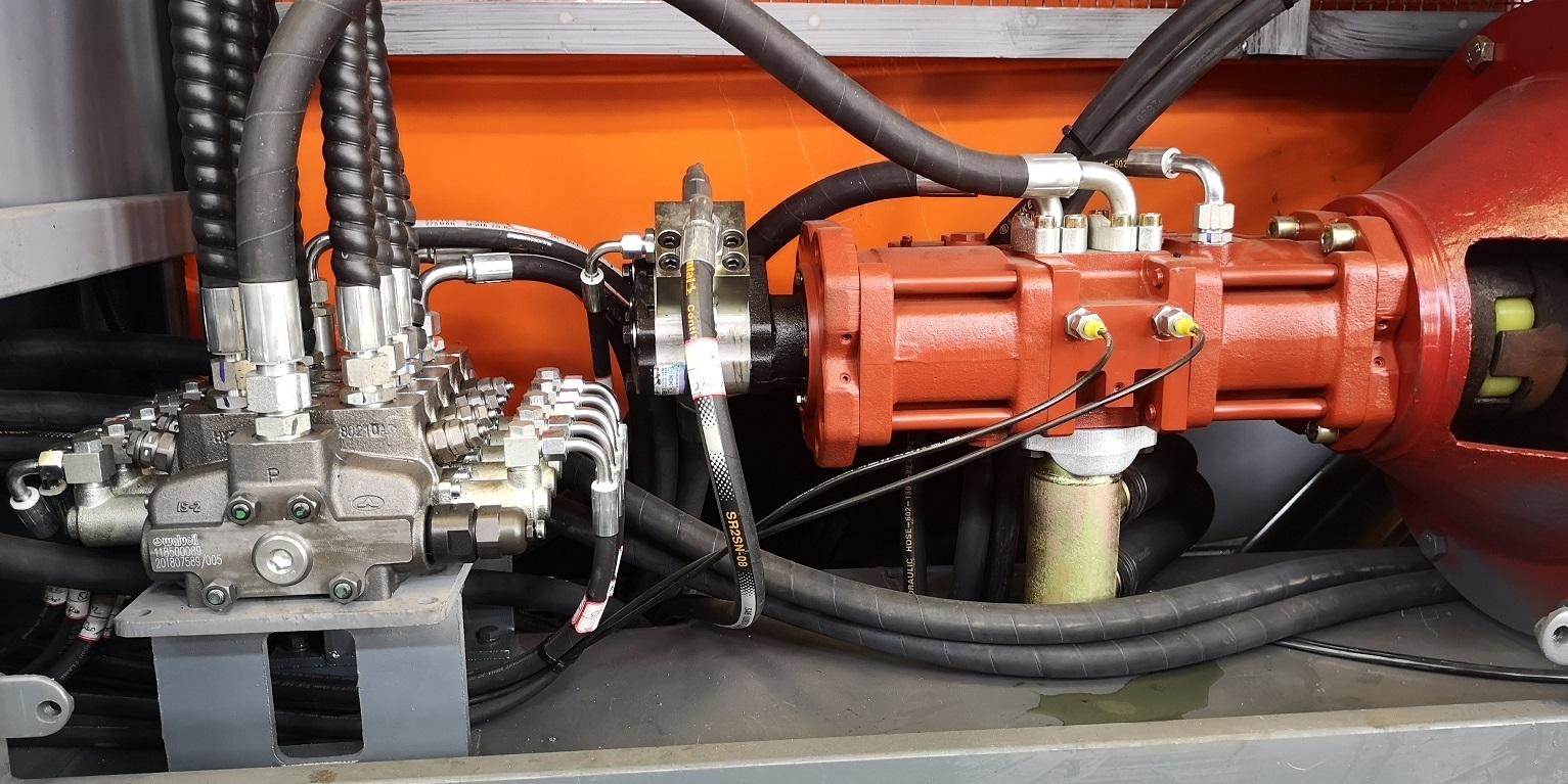 检测径向球塞低速大扭矩液压马达有无内泄,转速快慢.图片