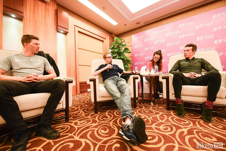 乌兰发话:明年再来参加环广西_微信北京赛车群