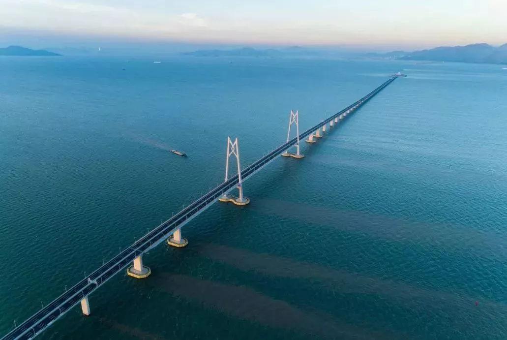广西人想自驾去香港 港珠澳大桥24日通车 送上超全自驾攻略