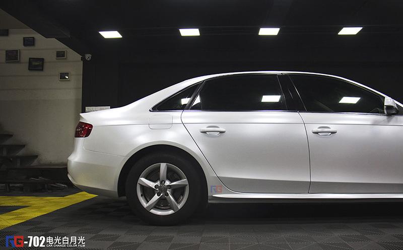 奥迪a4l汽车车身改色贴膜电光白效果图图片