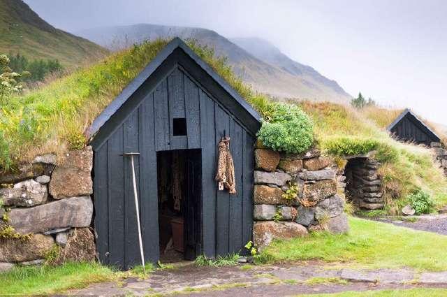去俄罗斯旅游,看到路边的小木屋不要随便进,进了可能会出不来