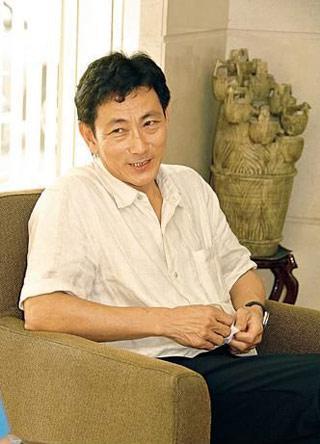 吴尊将和自己父亲合体上综艺 全家都是高颜值72岁父亲也很帅