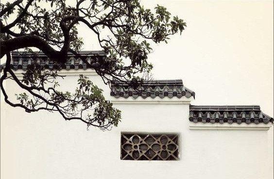 正文  中国古代建筑具有悠久的历史和光辉的成就,相对于西方古建筑的