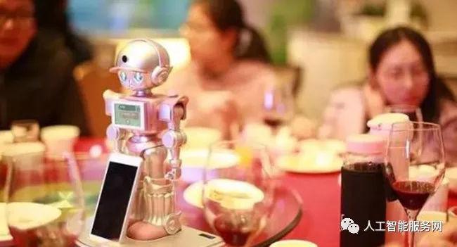 打造智能服务体验 餐厅机器人来了